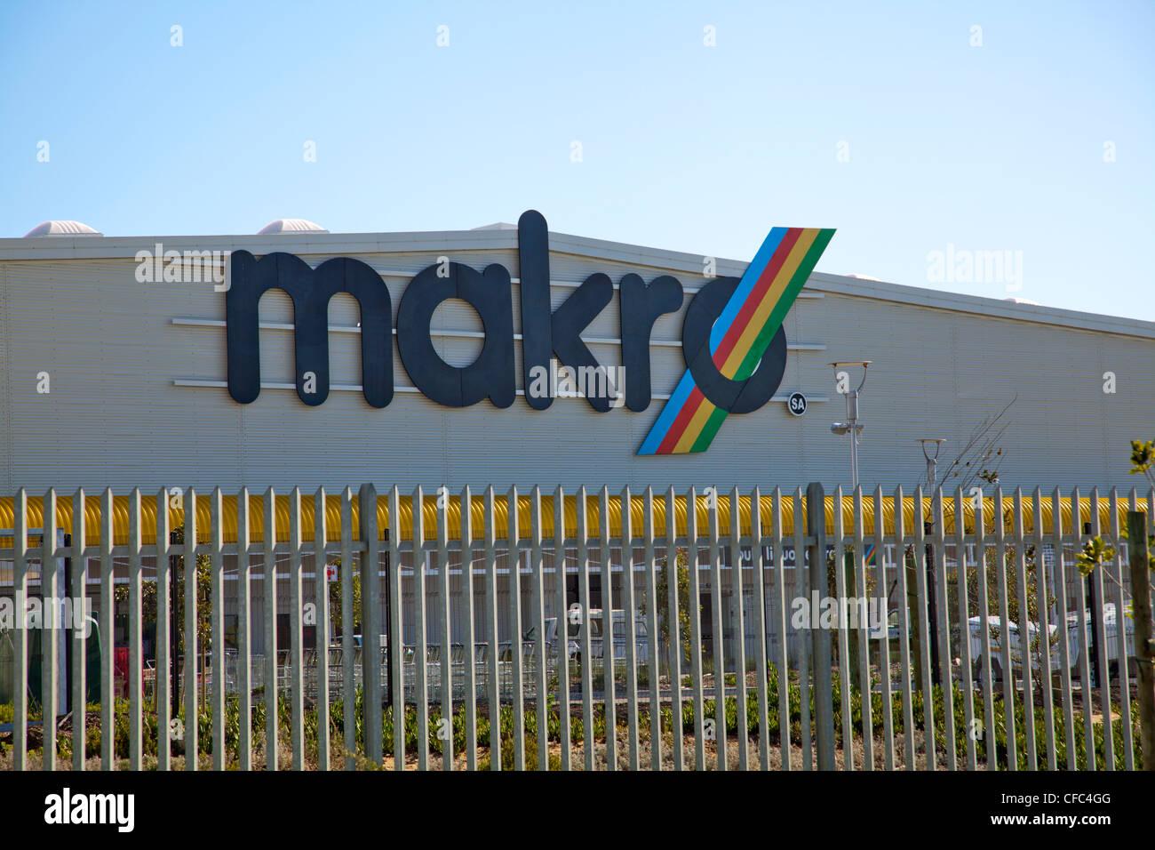 Large Makro Store in Milnerton - Cape Town - Stock Image
