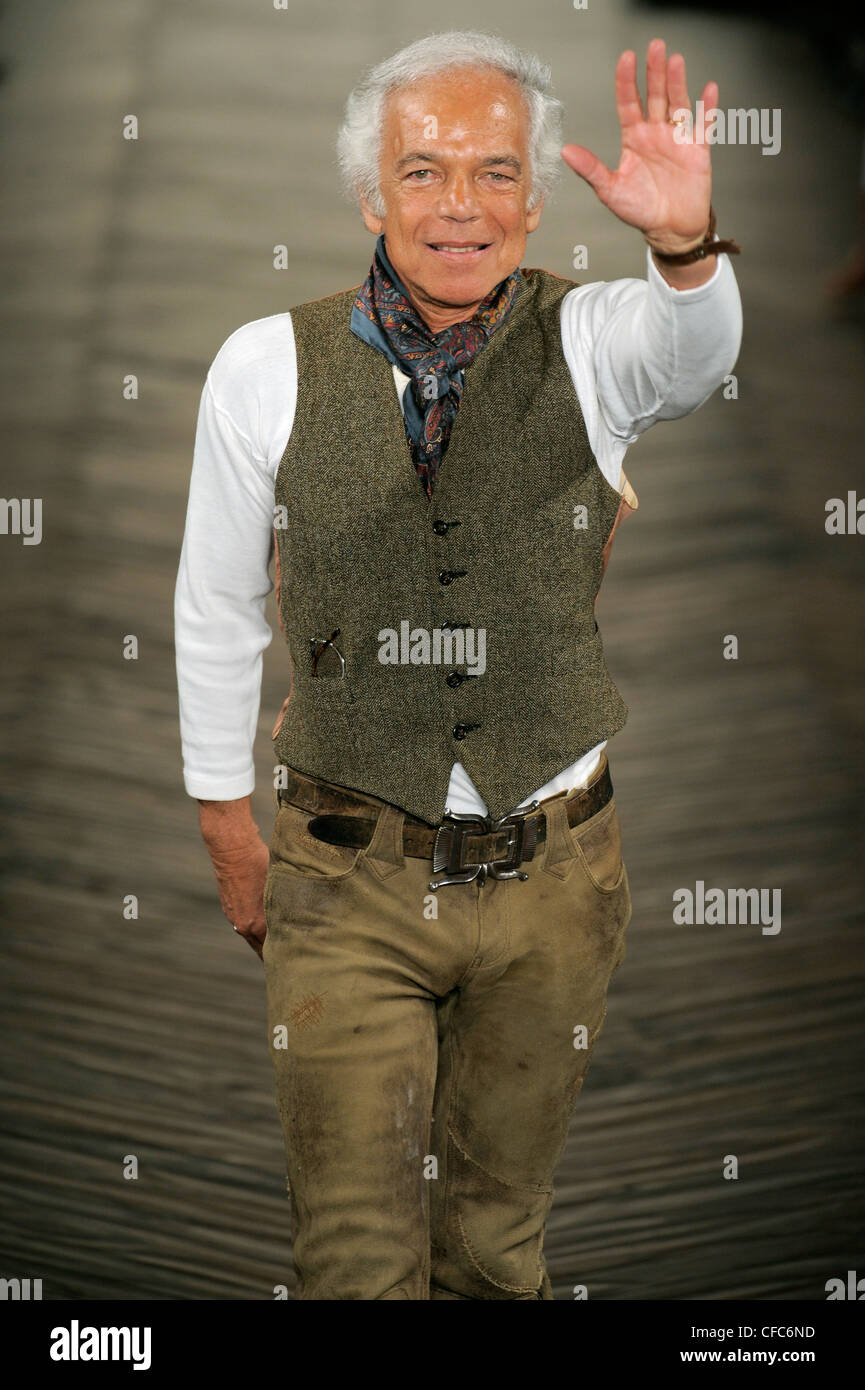 Ralph Lauren New York Ready To Wear Autumn Winter Fashion Designer Stock Photo Alamy