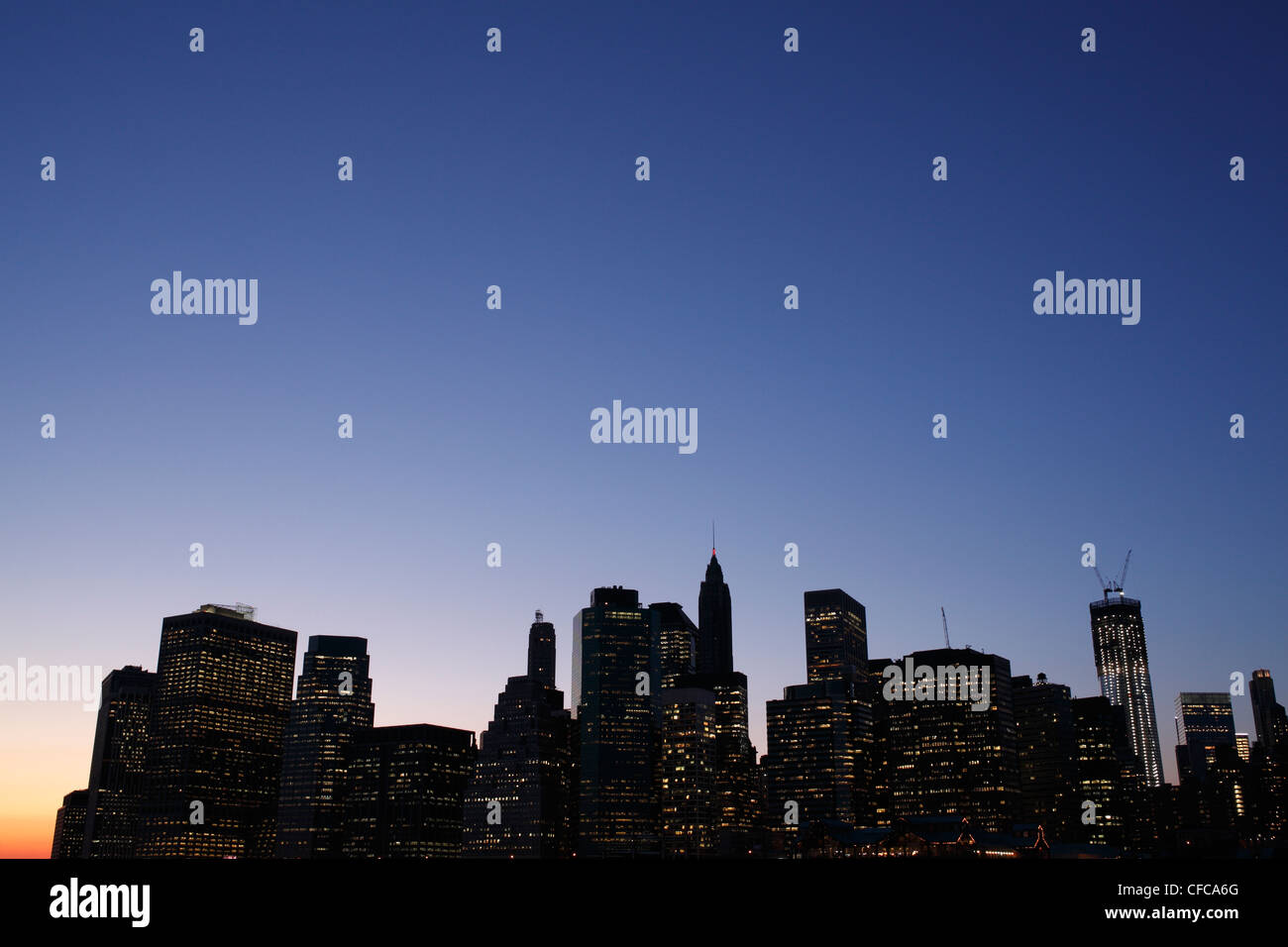 Manhattan evening skyline - Stock Image