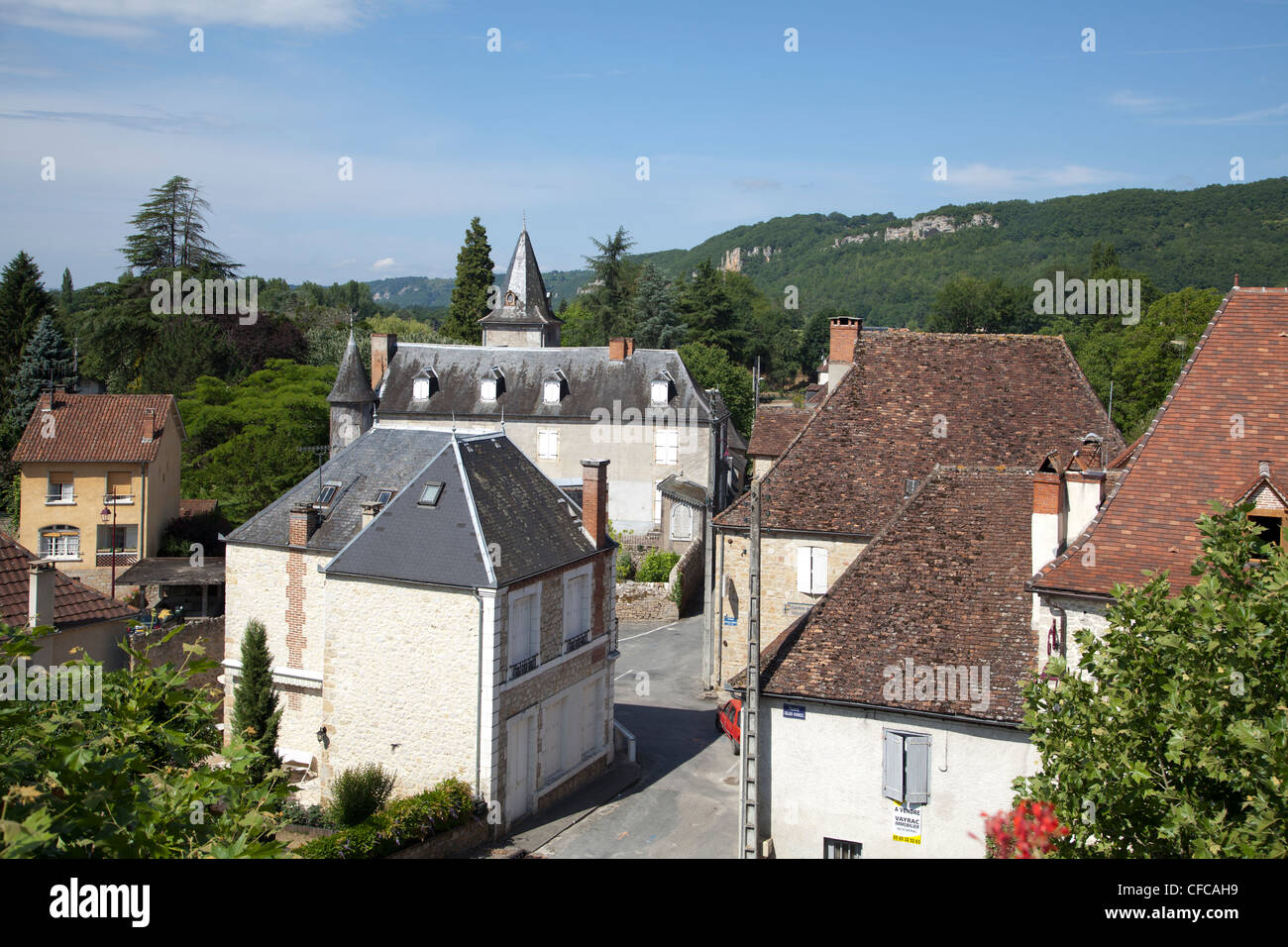 The rooftops of Vayrac in the Quercy - Stock Image