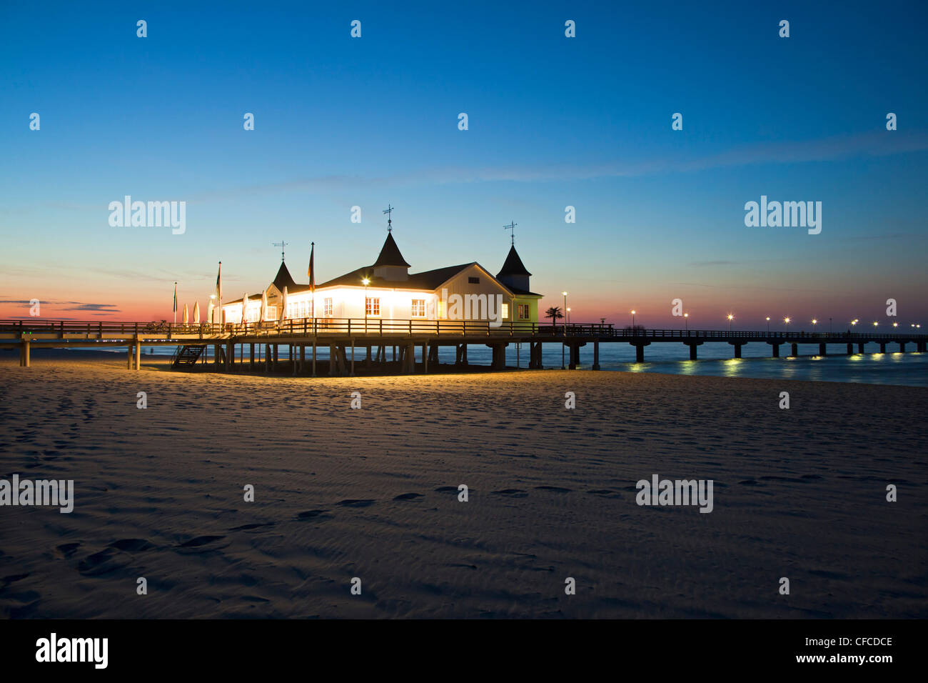 Pier in the evening, Ahlbeck seaside resort, Usedom island, Baltic Sea, Mecklenburg-West Pomerania, Germany - Stock Image