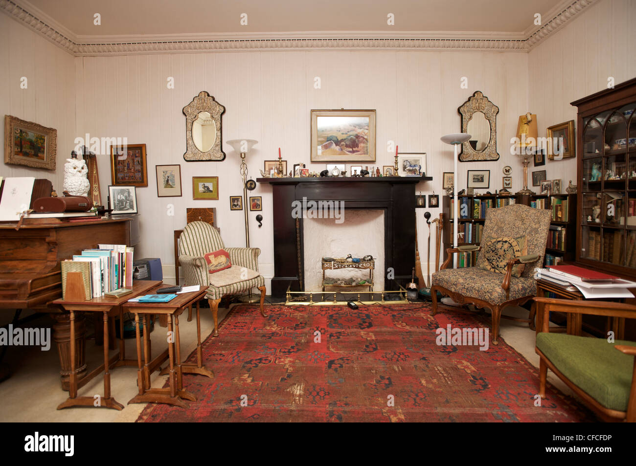 The living room in Canna House. The island of Canna in the Inner Hebrides off the west coast of Scotland. - Stock Image