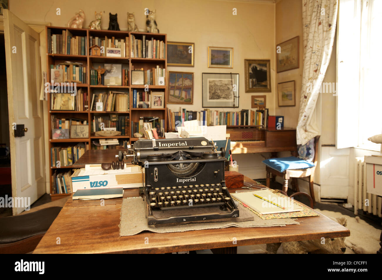 Compton Mackenzie's typewriter in Canna House. The island of Canna in the Inner Hebrides off the west coast - Stock Image