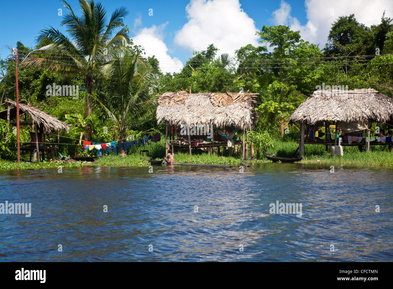 Warao Indian hatched-roof huts built upon stilts, Delta Amacuro, Orinoco Delta, Venezuela, South America - Stock Image