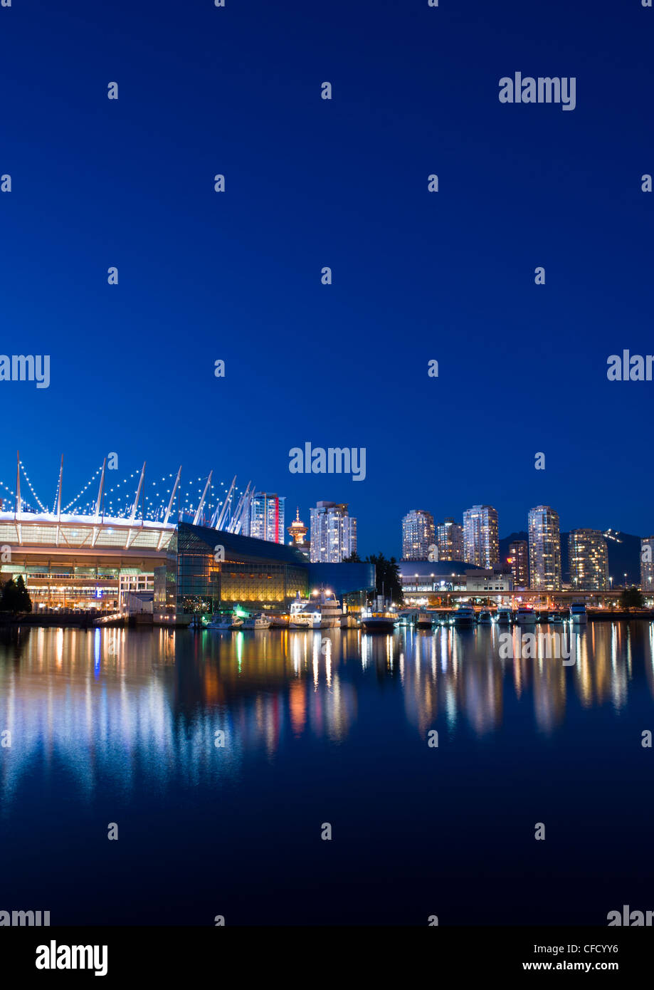 City skyline with new retractable roof on BC Place Stadium, False Creek, Vancouver, British Columbia, Canada - Stock Image