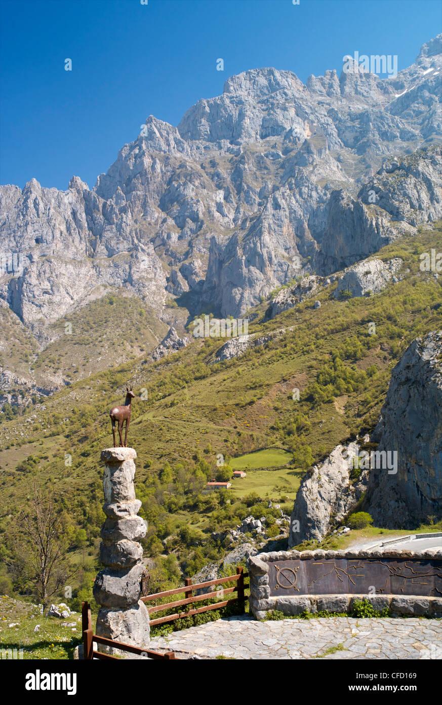 A viewpoint near Cain, Picos de Europa, Castilla y Leon, Spain, Europe - Stock Image