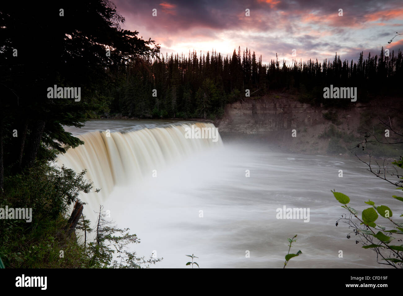 Lady Evelyn Falls on the Kakisa River in Lady Evelyn Falls Territorial Park, Northwest Territories, Canada - Stock Image