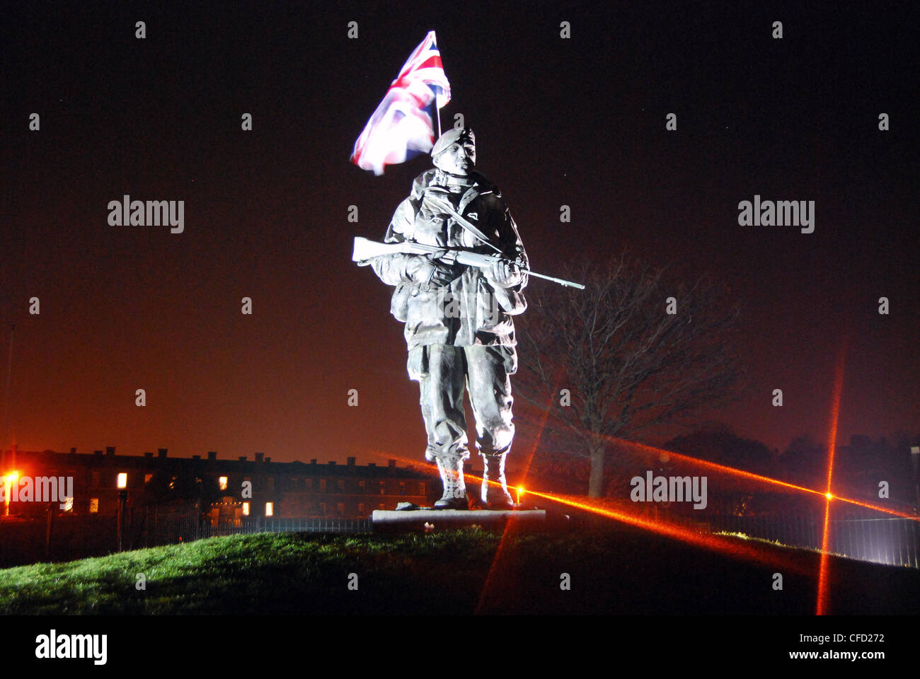 "The Royal Marines ""Yomper"" Memorial at Southsea was built to celebrate the role played by the Marines in retaking Stock Photo"