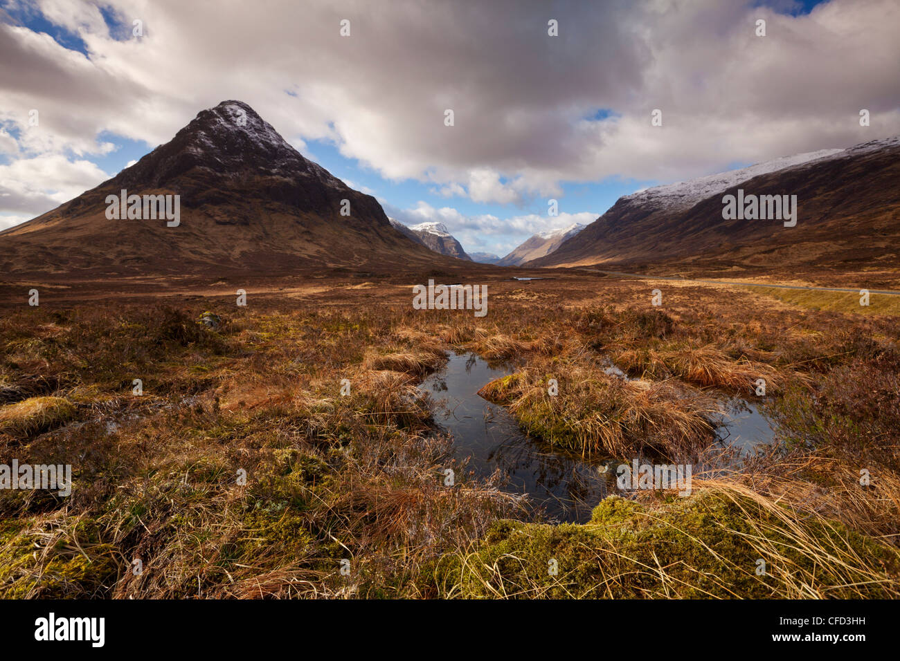 Buachaille Etive Beag, and small lochan at the top of Glen Coe, Rannoch Moor, Highlands, Scotland, United Kingdom, - Stock Image