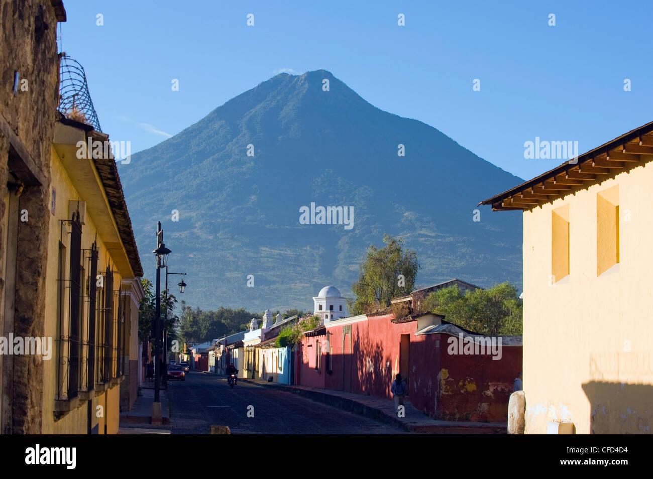 Volcan de Agua, 3765m, Antigua, Guatemala, Central America - Stock Image