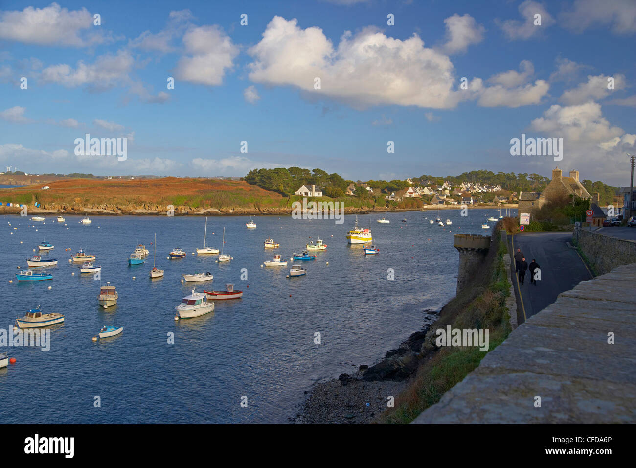 Le Conquet harbour, Finistere, Bretagne, France, Europe - Stock Image