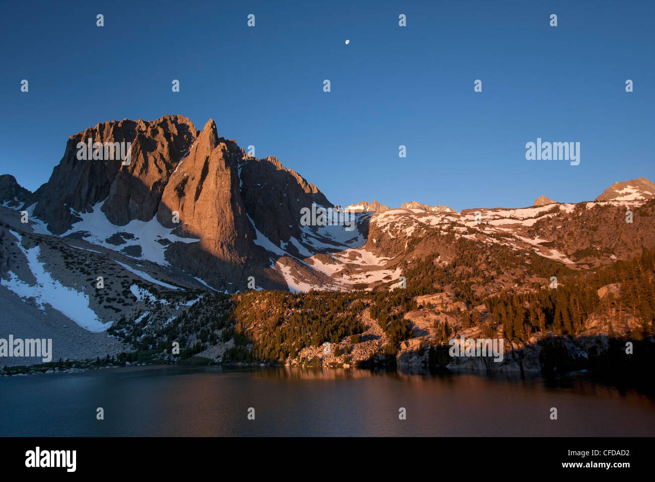 Early Morning Sun Temple Crag Fifth Lake Big Pine Stock Photo