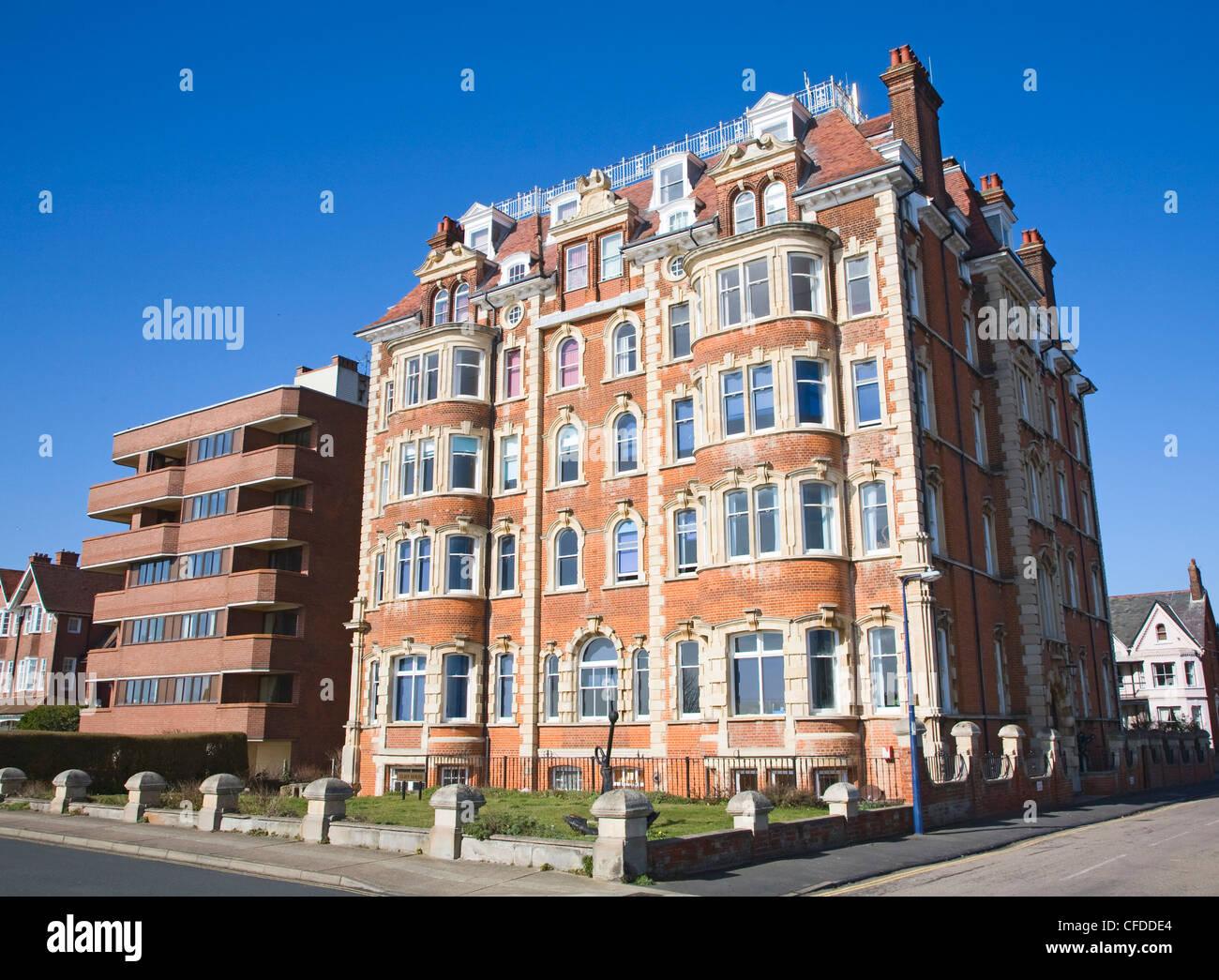 Cliff House Edwardian or Victorian building, Hamilton Gardens, Felixstowe, Suffolk, England - Stock Image