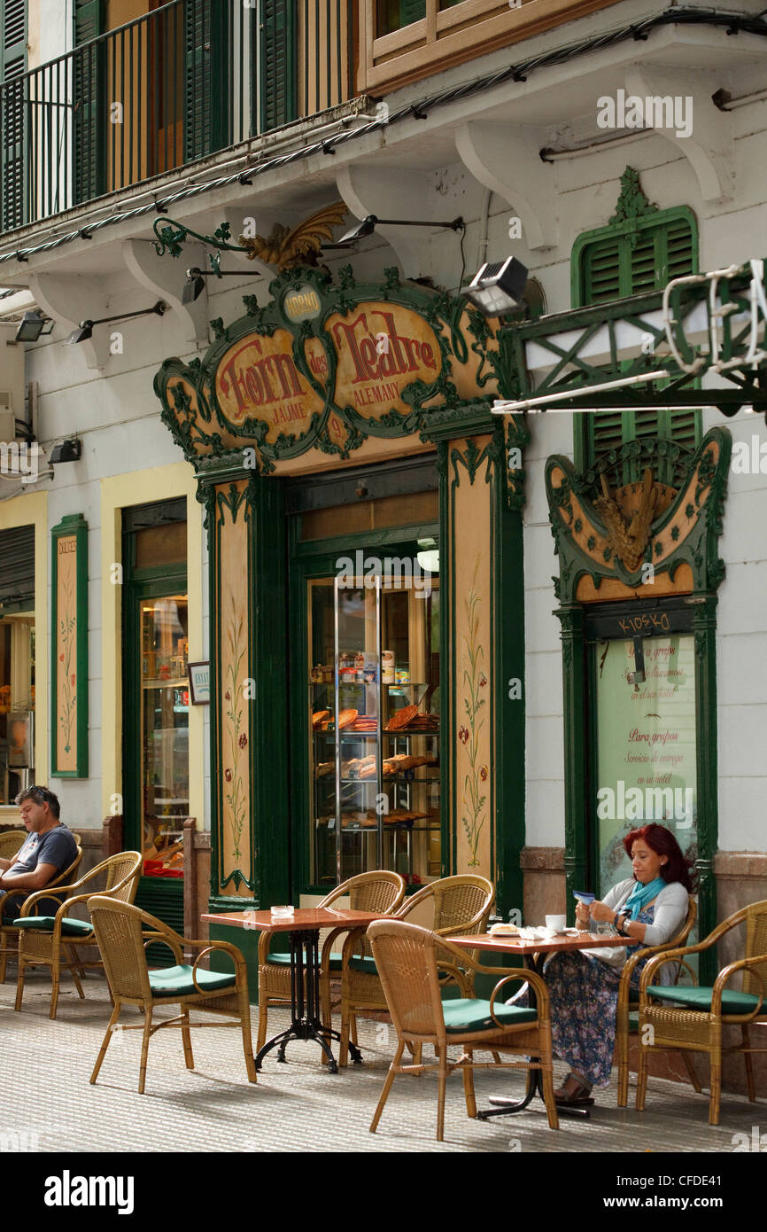 Forn des Teatre, people in front of a cafe, Palma de Mallorca, Mallorca, Balearic Islands, Spain, Europe - Stock Image