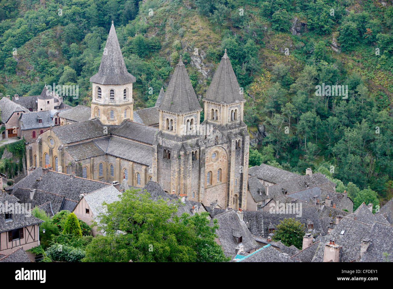 Sainte Foy Abbey church, Conques, Aveyron, Massif Central, France, Europe - Stock Image