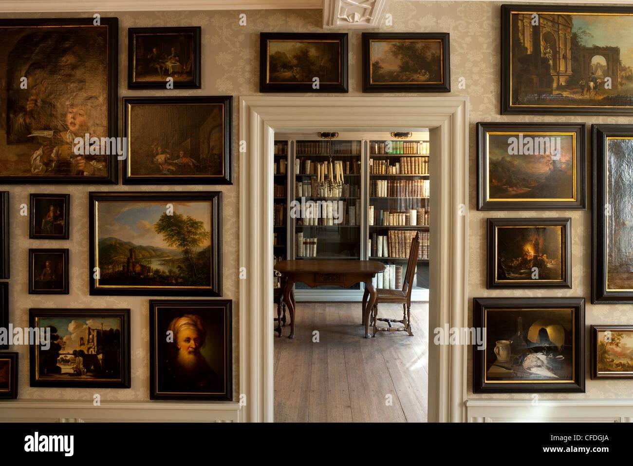 Large Frankfurter Stock Photos & Large Frankfurter Stock Images - Alamy