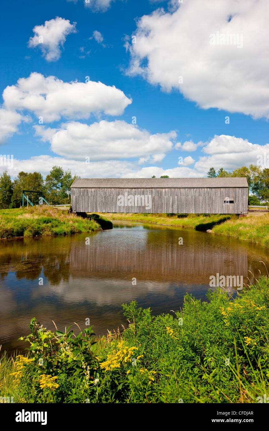 The Hasty Bridge (officially Petitcodiac River #3 Covered Bridge) River Glade, Westmorland County, New Brunswick, - Stock Image