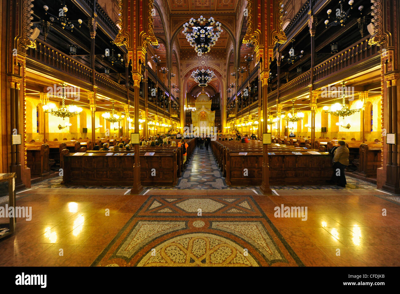 Interior view of the synagogue, Budapest, Hungary, Europe - Stock Image
