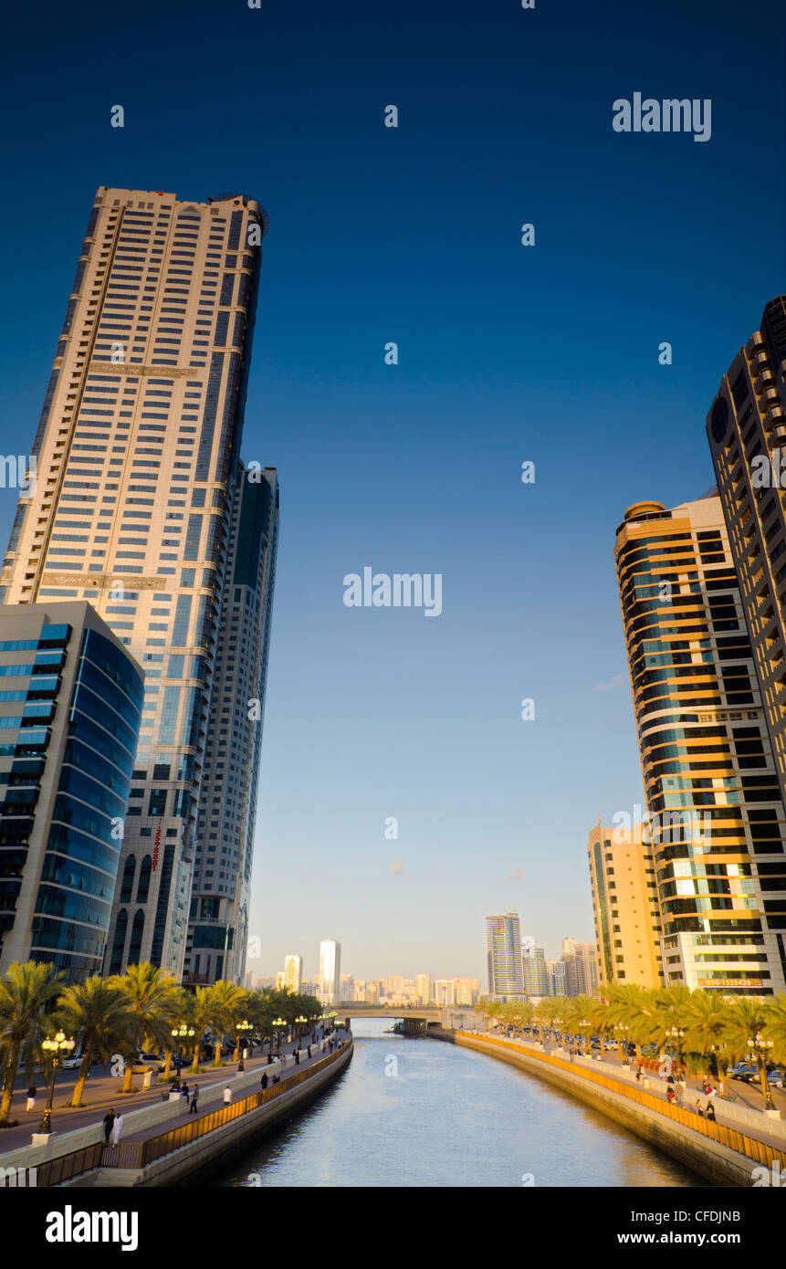 Sharjah Stock Photos Amp Sharjah Stock Images Alamy