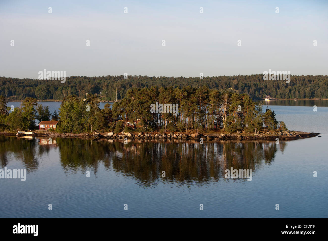 Houses on small island in Stockholm Archipelago, near Stockholm, Sweden - Stock Image