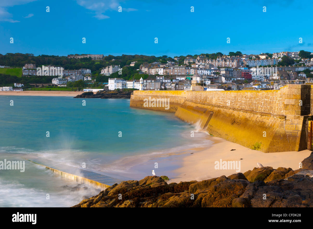 St. Ives Harbour wall, Cornwall, England, United Kingdom, Europe - Stock Image