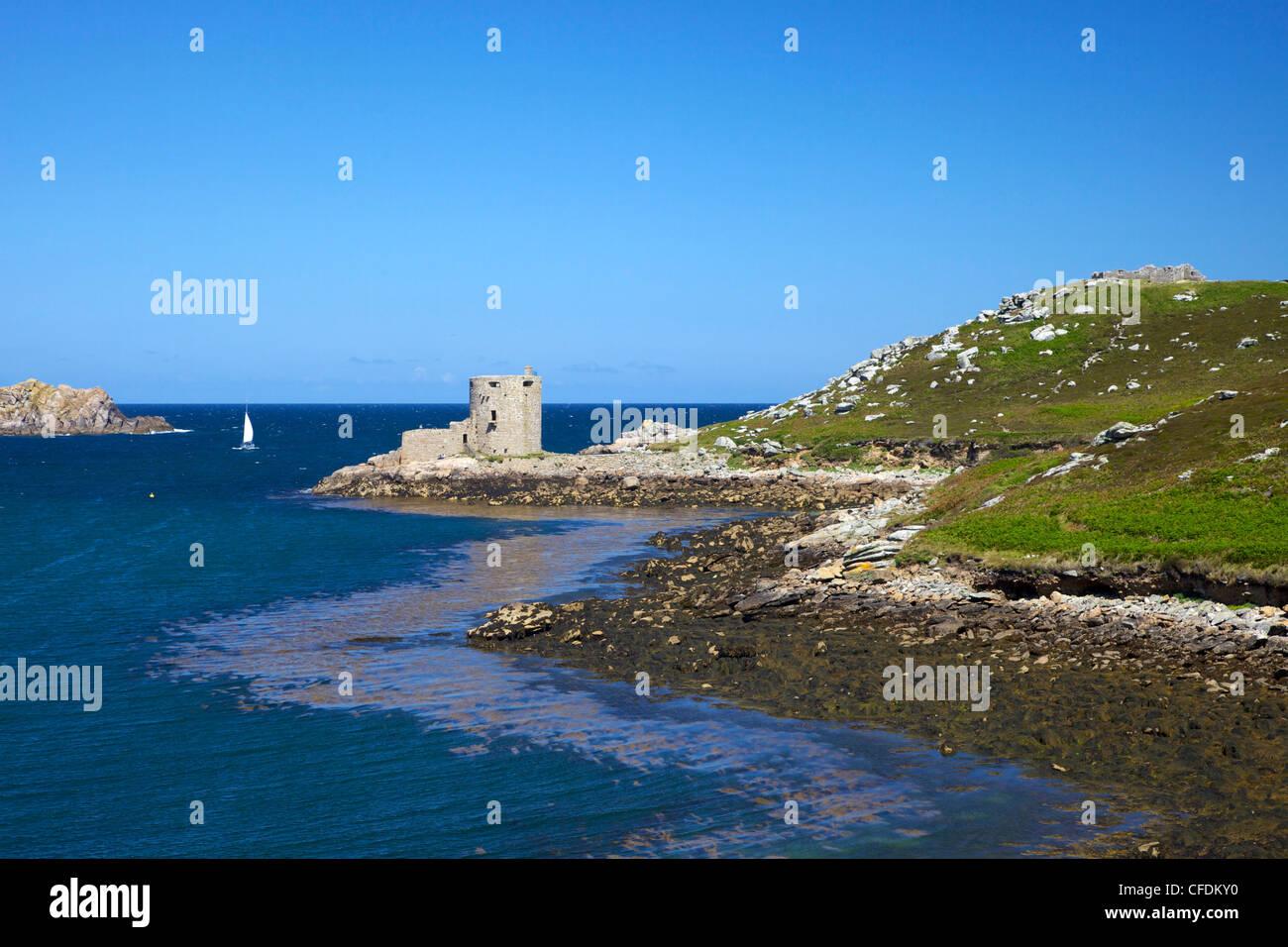 Cromwell's Castle, Island of Tresco, Isles of Scilly, England, United Kingdom, Europe - Stock Image