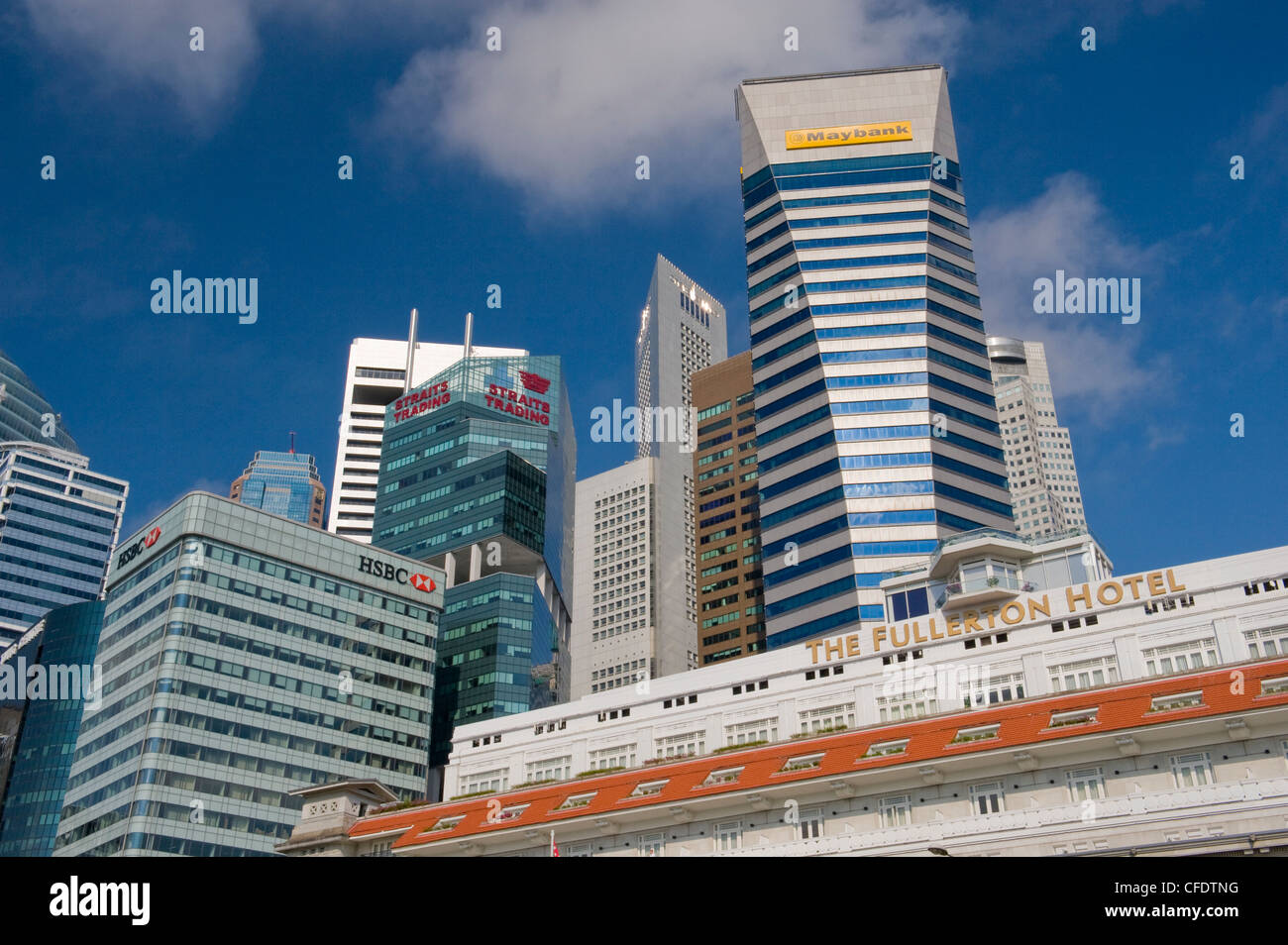 The Fullerton Hotel on the banks of Singapore River, Singapore, Southeast Asia, Asia - Stock Image