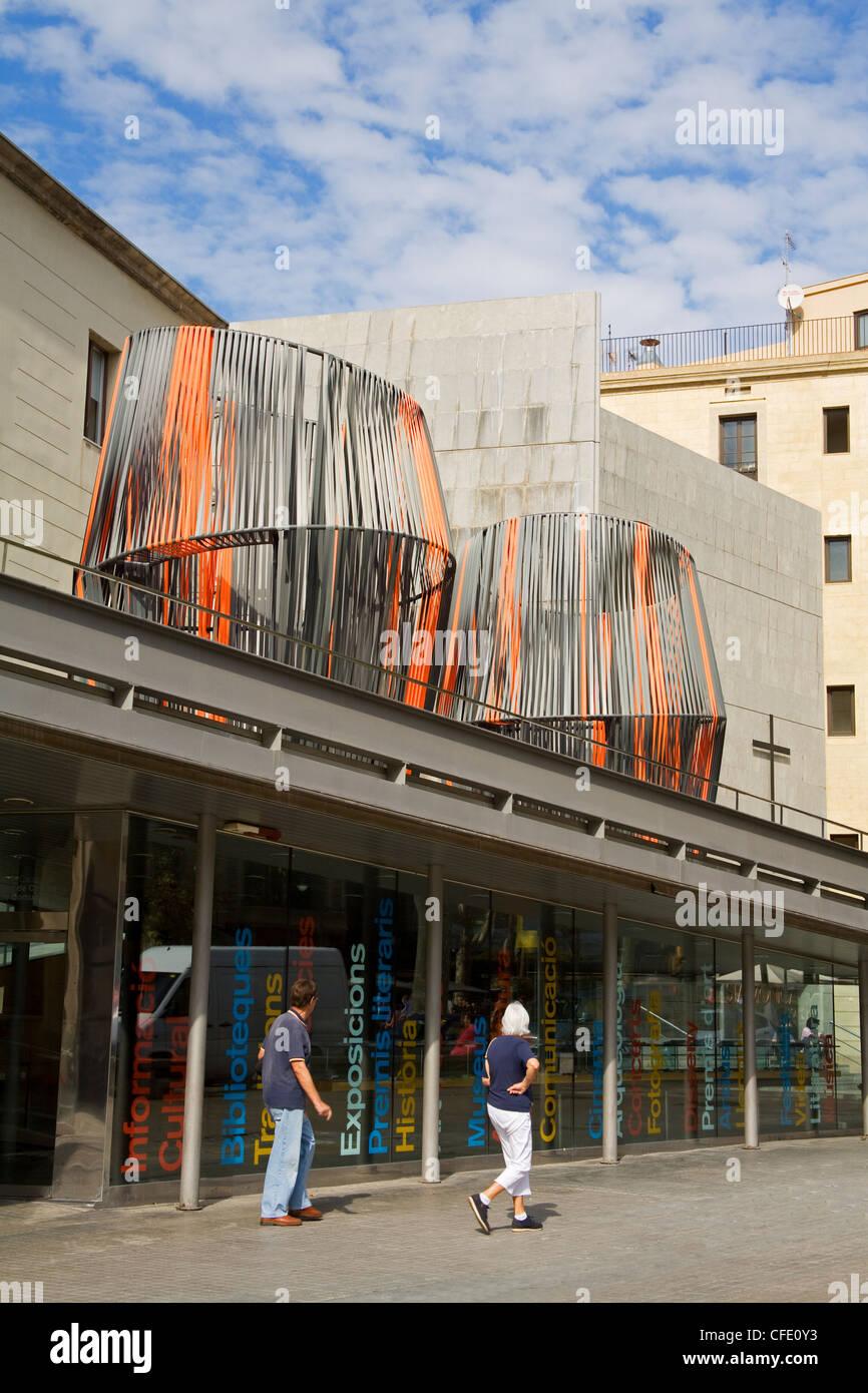 Centre d'art Santa Monica on Las Ramblas, Barcelona, Catalonia, Spain, Europe - Stock Image