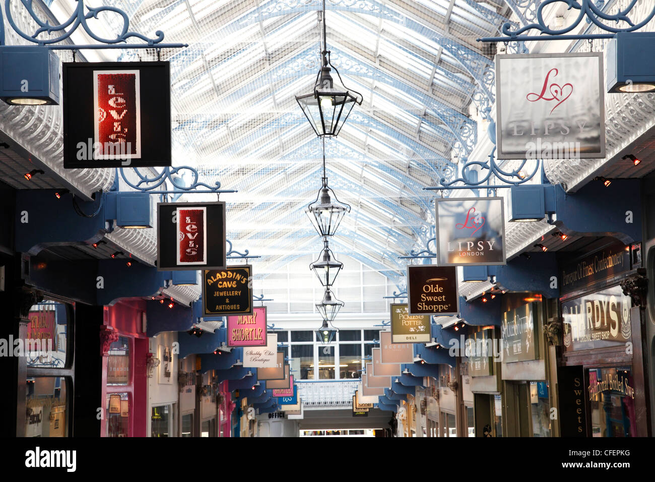 Queens Arcade, Leeds, West Yorkshire, England, U.K. - Stock Image