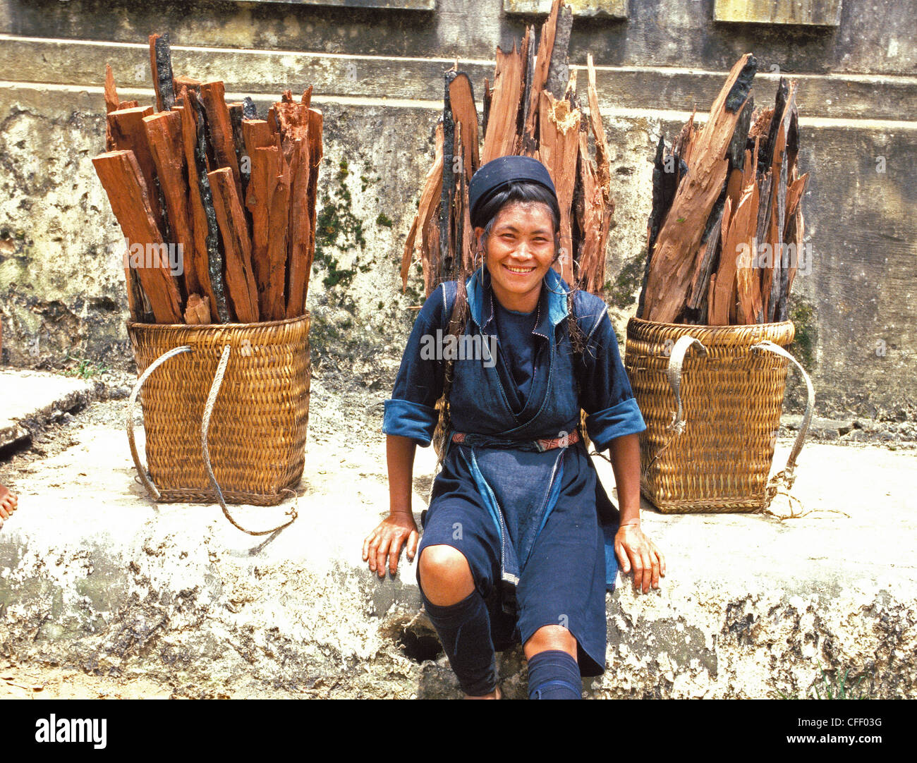 Hmong woman in Sapa region, North Vietnam, Vietnam, Indochina, Southeast Asia, Asia - Stock Image