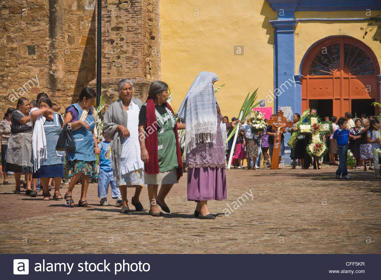 60689cd723 Funeral procession at Zaachila village church