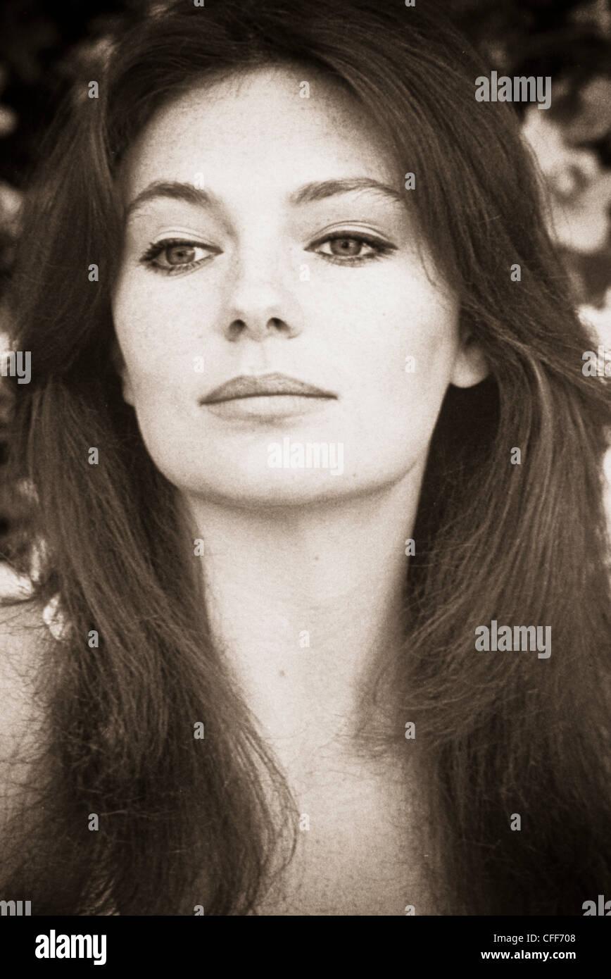 Jacqueline Bisset Nude Photos 55