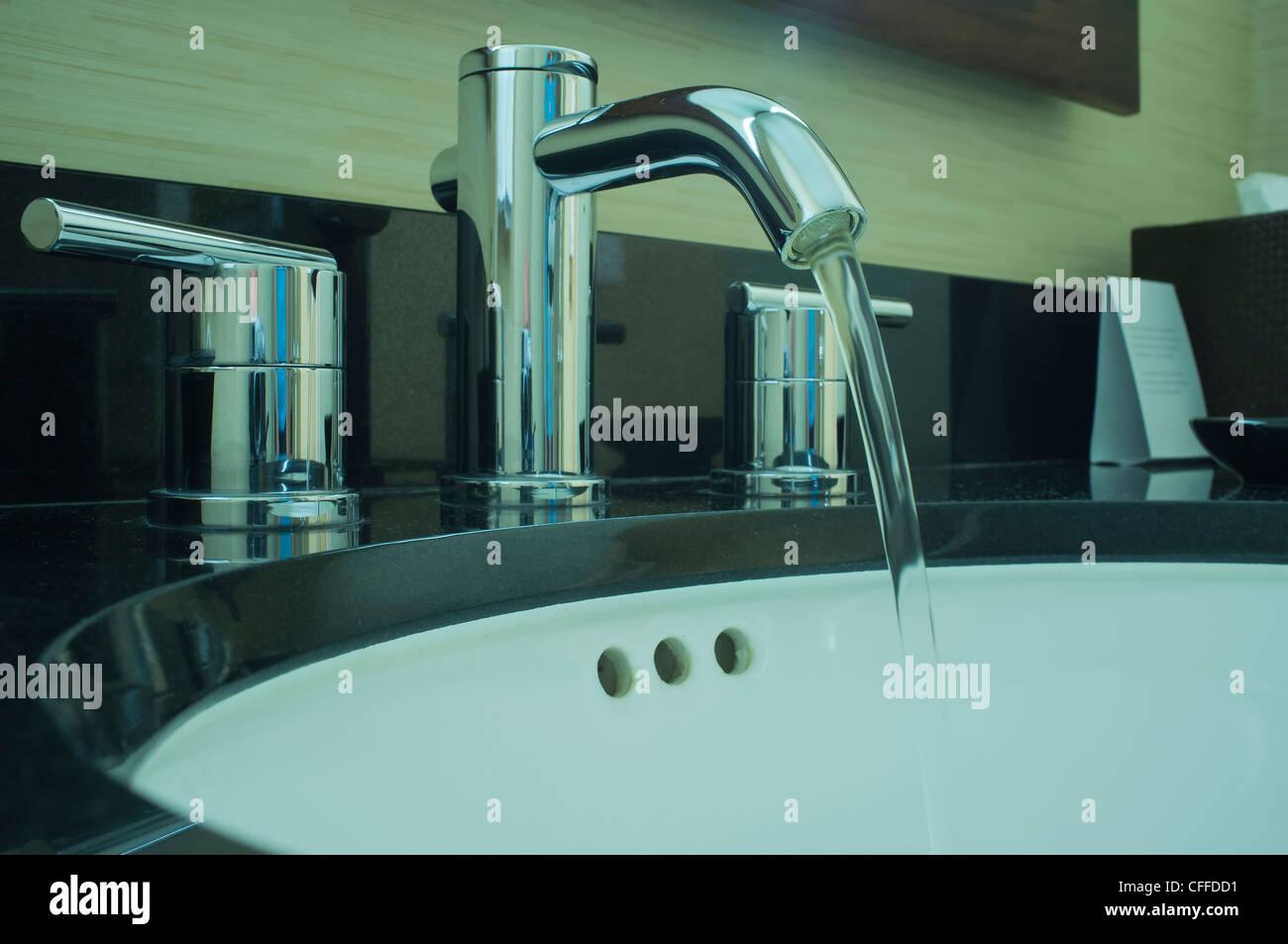Modern Water Faucet Stock Photos & Modern Water Faucet Stock Images ...