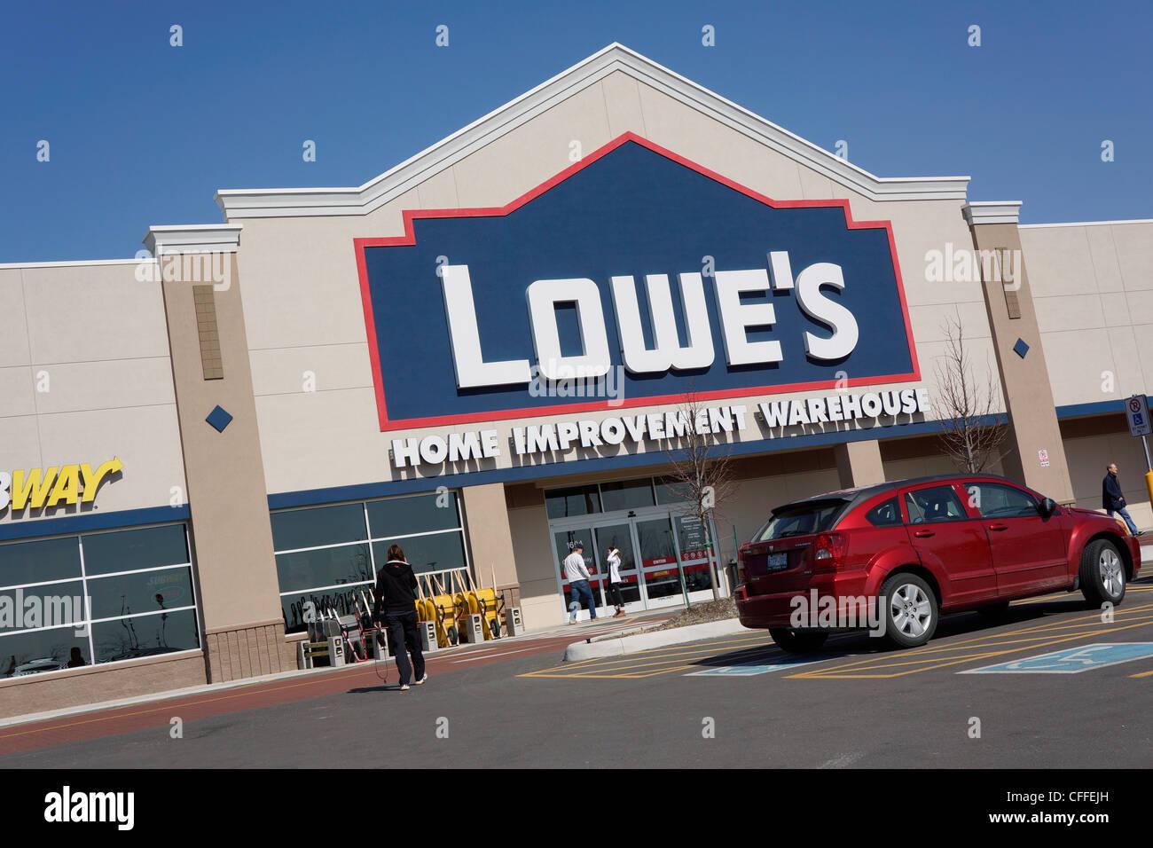 Lowe S Home Improvement lowe s home improvement store stock photo 43981353 alamy
