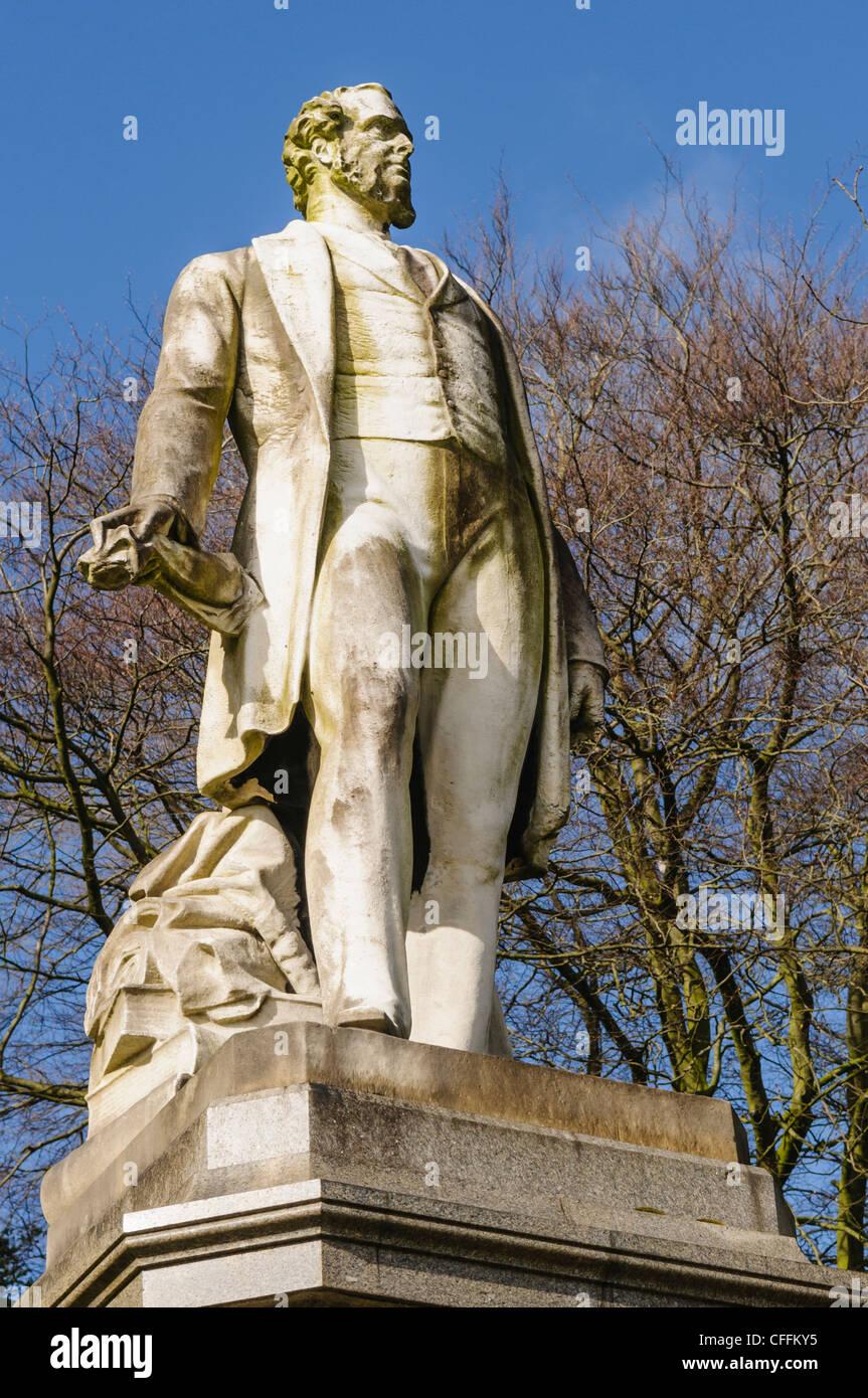 Statue of Edward Geoffrey Stanley (Edward Smith-Stanley), 14th Earl of Derby, in Avenham and Miller Park, Preston Stock Photo