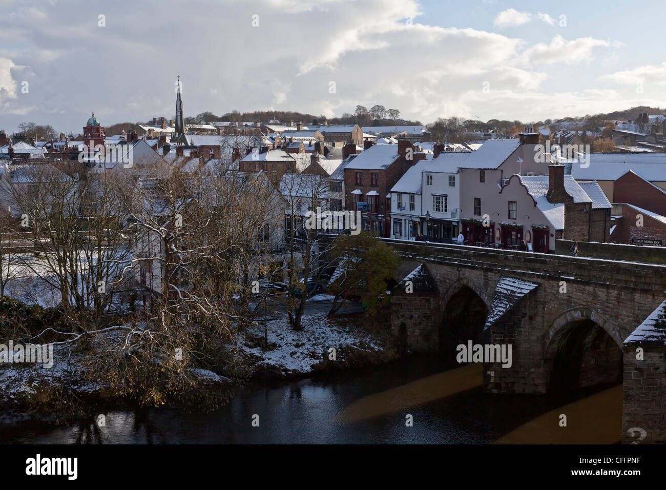 Pretty Snow Covered Elvet Bridge On The River Wear In Durham City