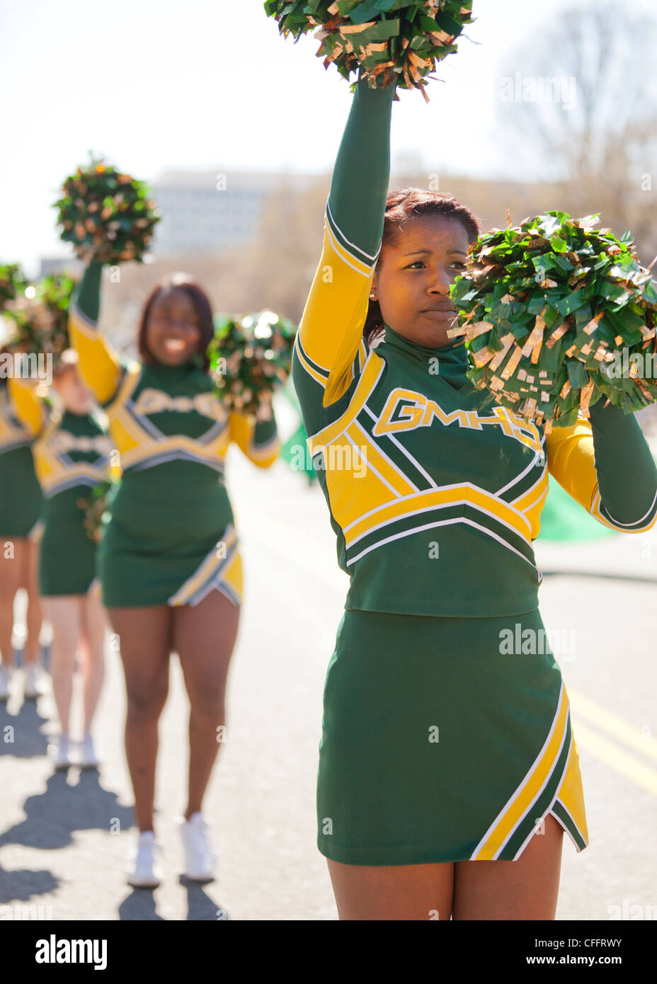 African-American high school cheerleaders - Stock Image
