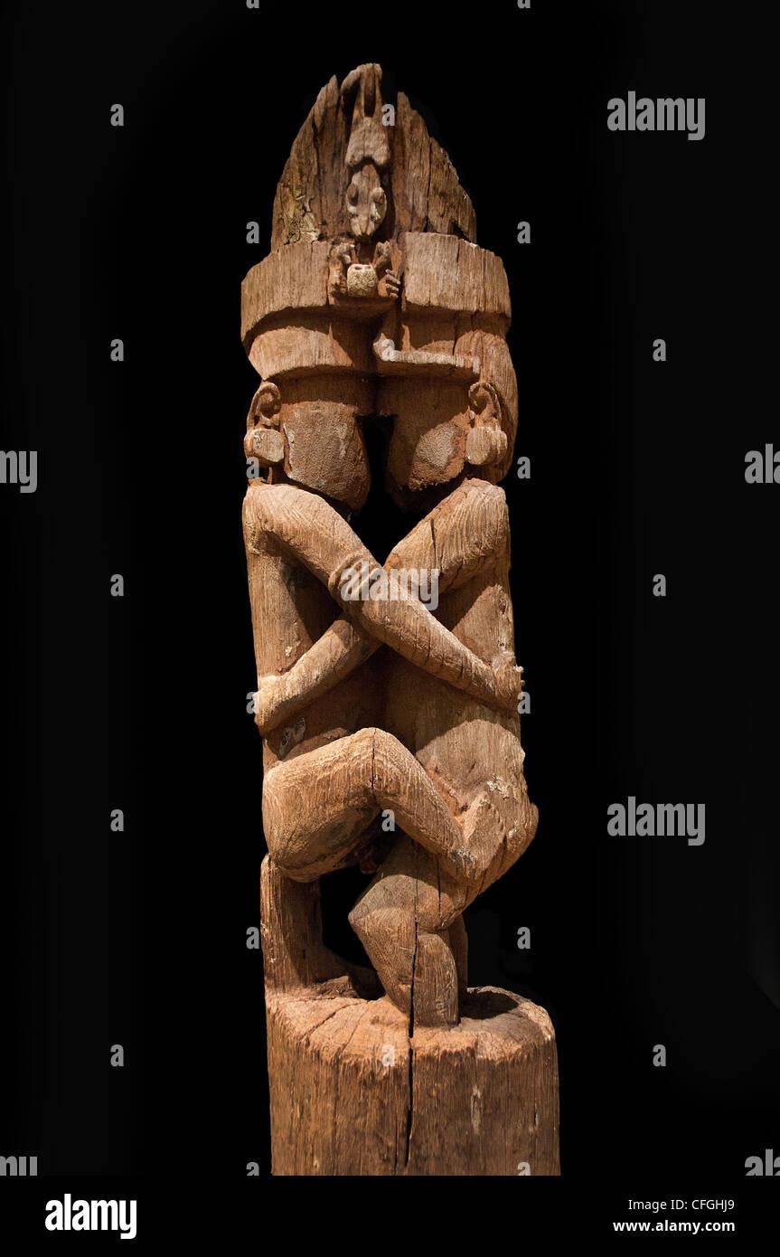 Pole ceremonial house Magura village Makira Solomon Islands 17th cent - Stock Image
