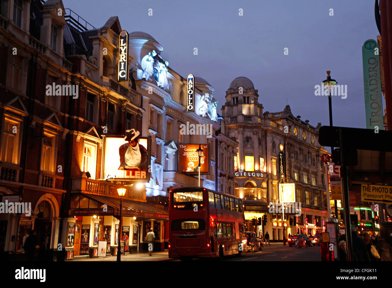 Theatres in Shaftesbury Avenue, the West End of London at  night - theatreland - Stock Image