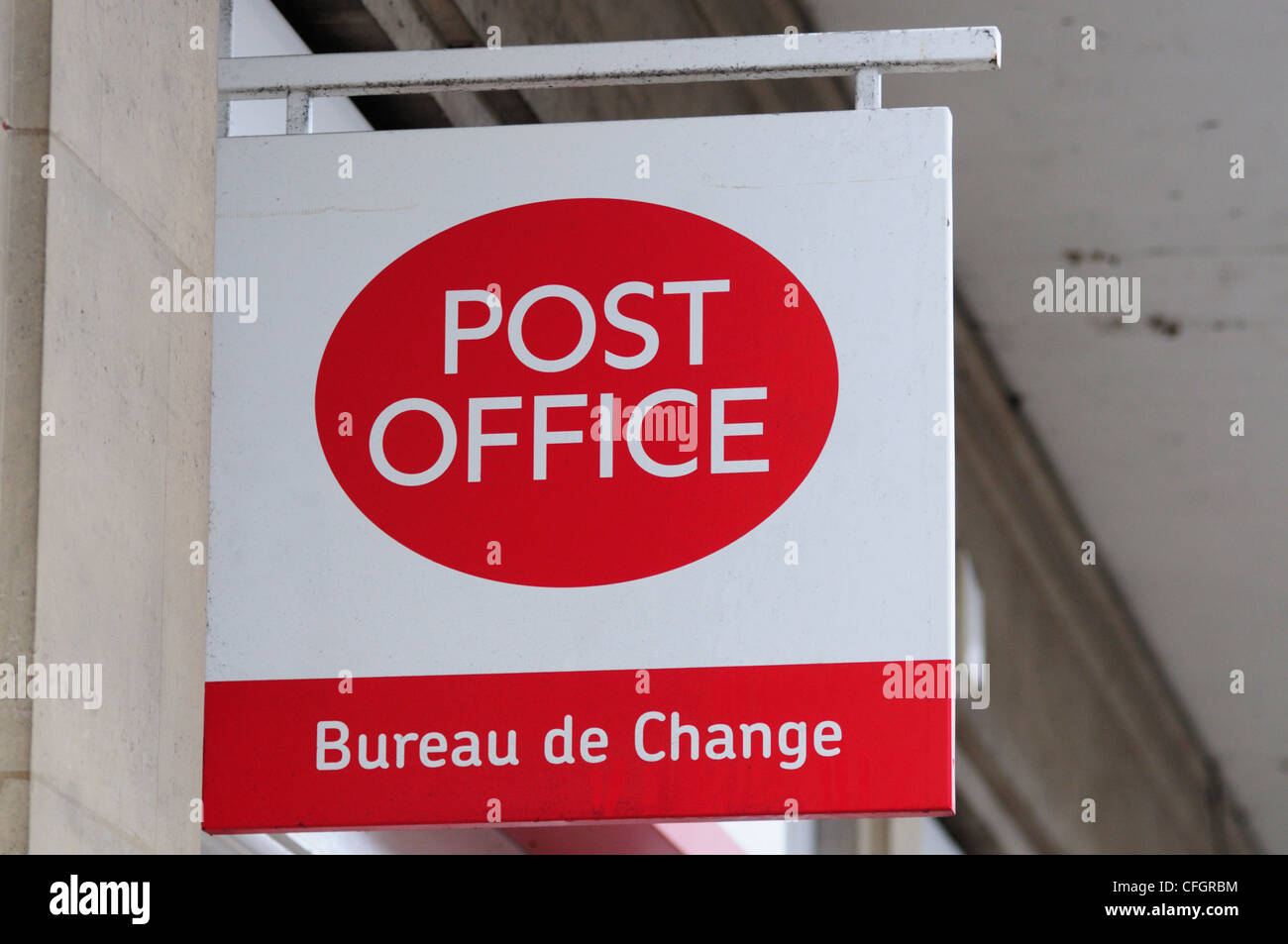 Post Office Bureau de Change Sign, Cambridge, England, Uk - Stock Image