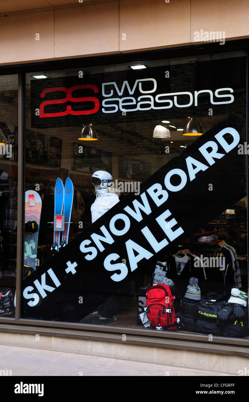 Two Seasons Sports Shop with Ski and Snowboard Sale Notice, Cambridge, England, UK - Stock Image