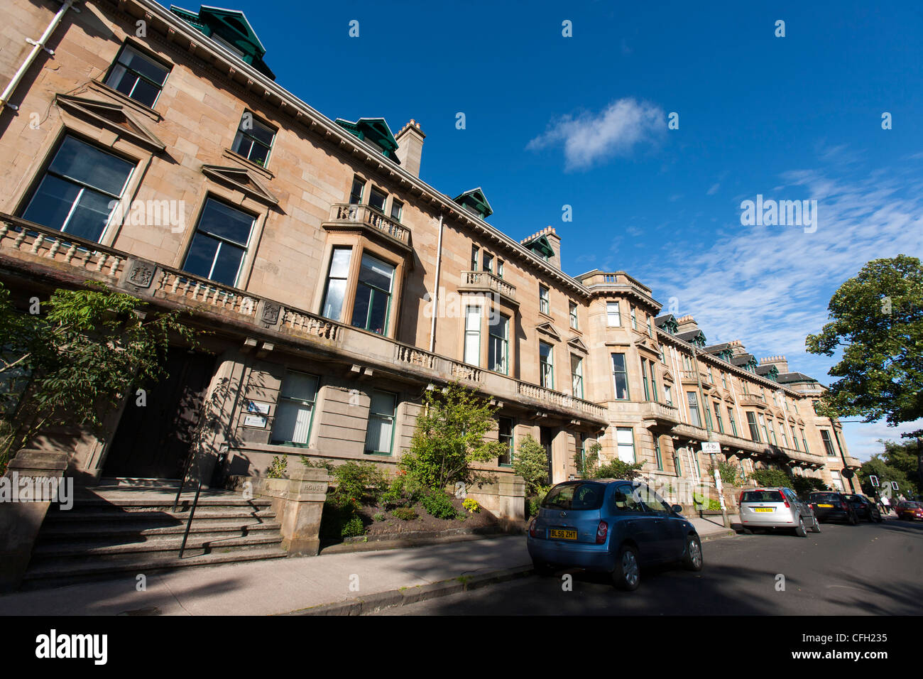 University Gardens, close to Ashton Land in Glasgows West End is home to a spectacular Georgian terraced architecture. - Stock Image