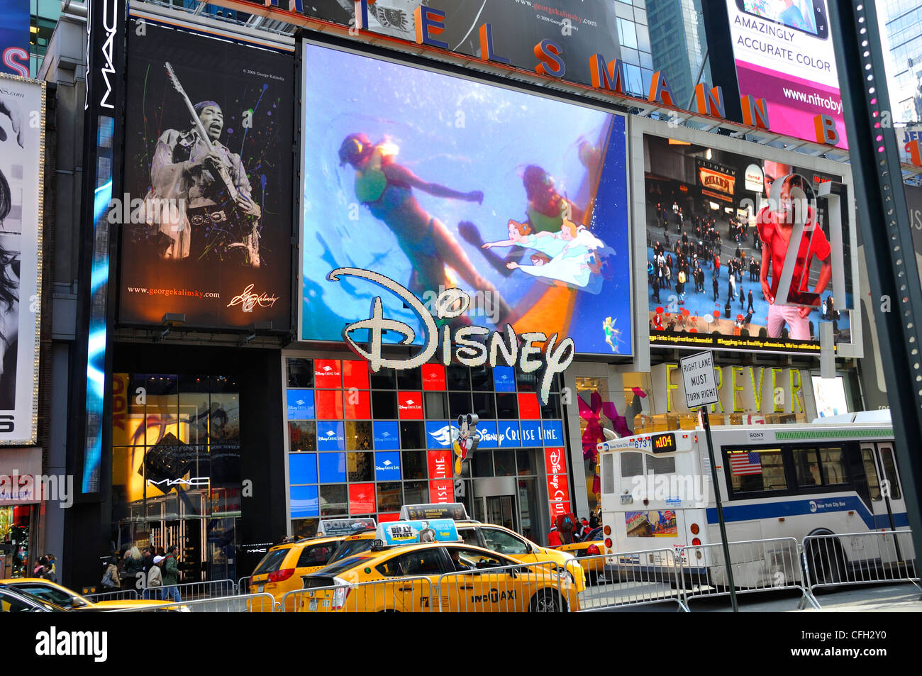 New York, Times Square, Disney store Stock Photo: 44016084 ...