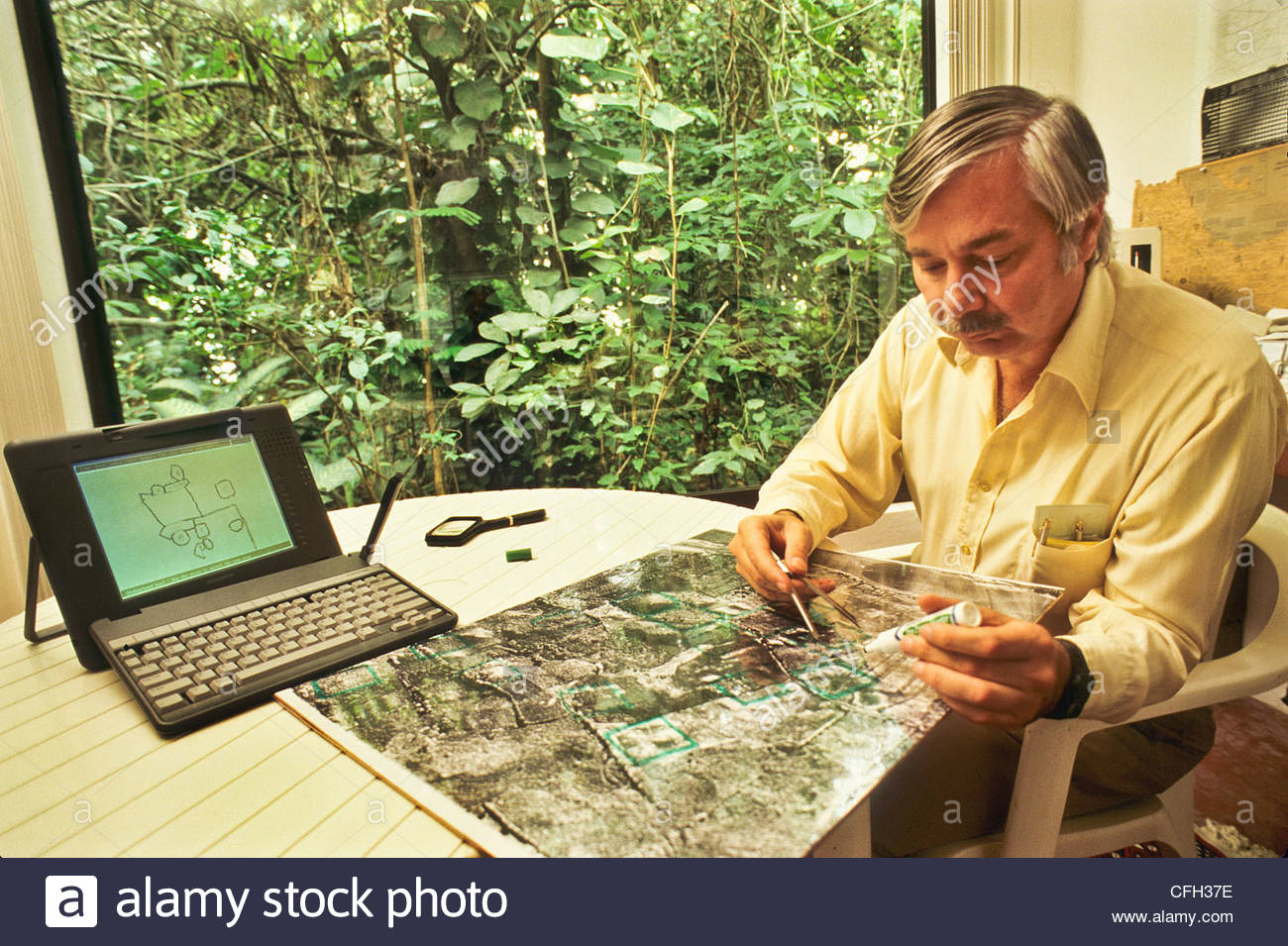 Dr. Jeffrey Wilkerson at his research station near Gutierrez Zamora. - Stock Image