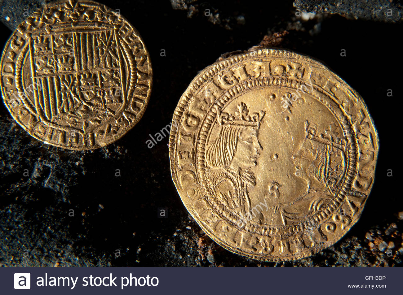 Spanish excelente coins excavated at the shipwreck site of a Portuguese trading vessel. - Stock Image