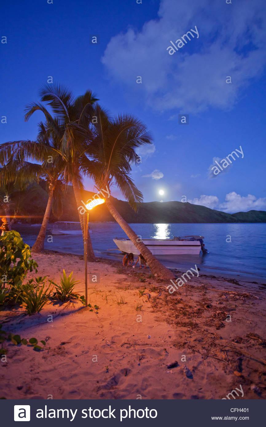 Moonrise over Waya Sewa Island. - Stock Image