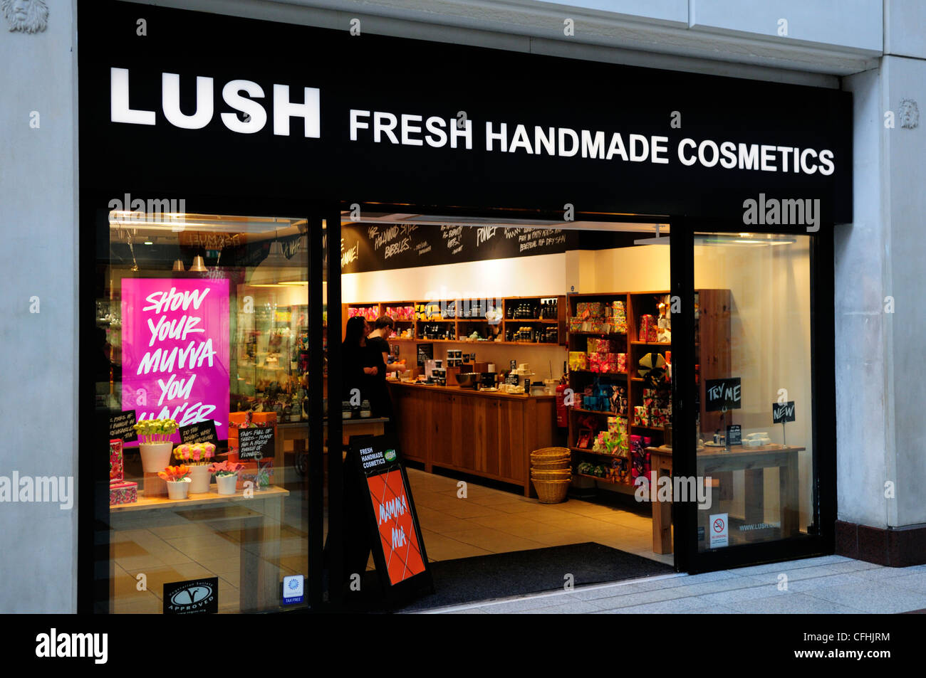 Lush Fresh Handmade Cosmetics Shop, Cambridge, England, UK - Stock Image
