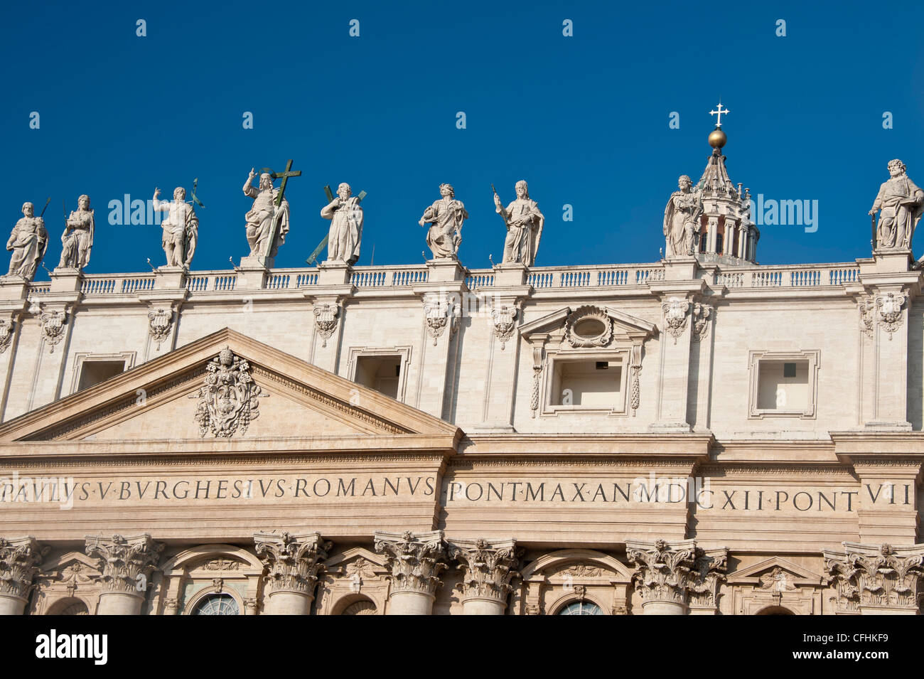 Statues of Saints on the roof of St. Peter's Basilica in Vatican City, Rome, Italy. - Stock Image