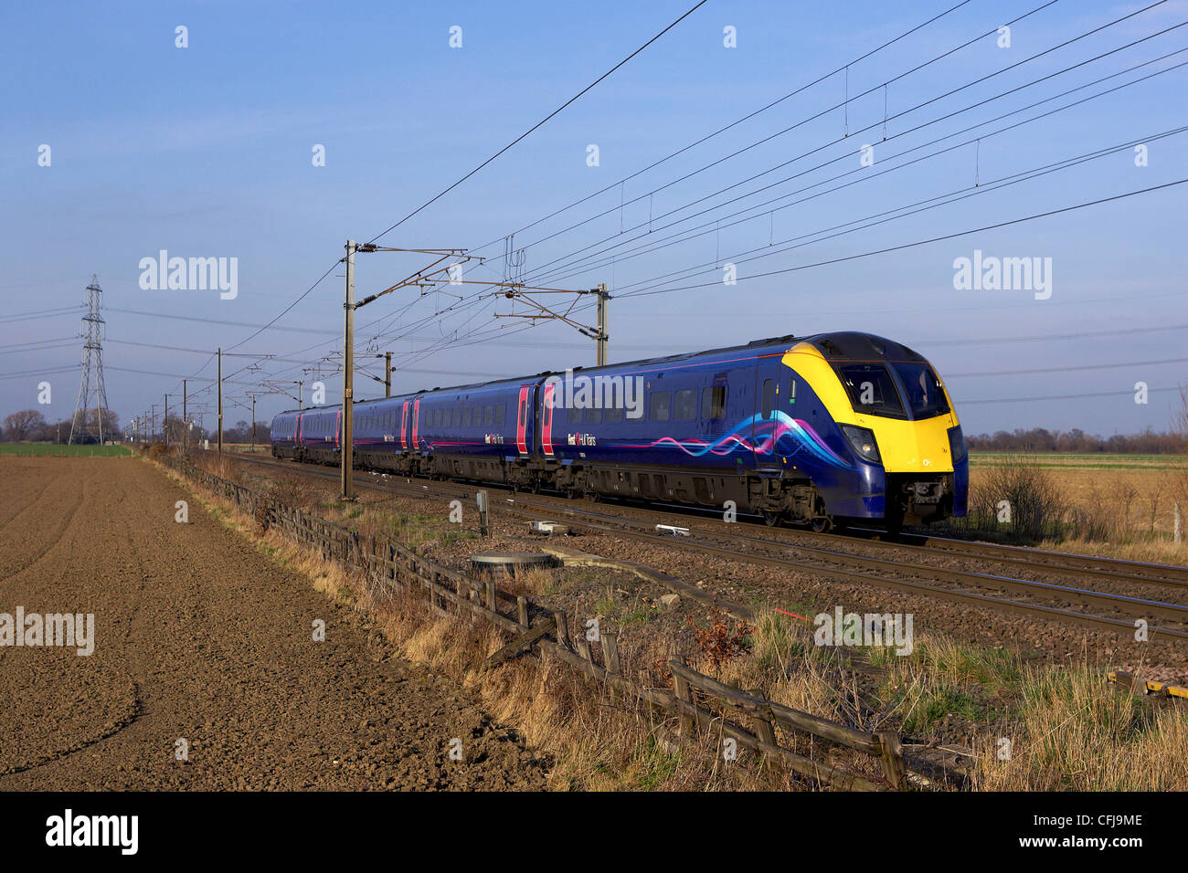 Hull Trains Class 180 no 180009 speeds through Joan Croft, Doncaster with 1A95 1510 Hull to London Kings Cross on - Stock Image