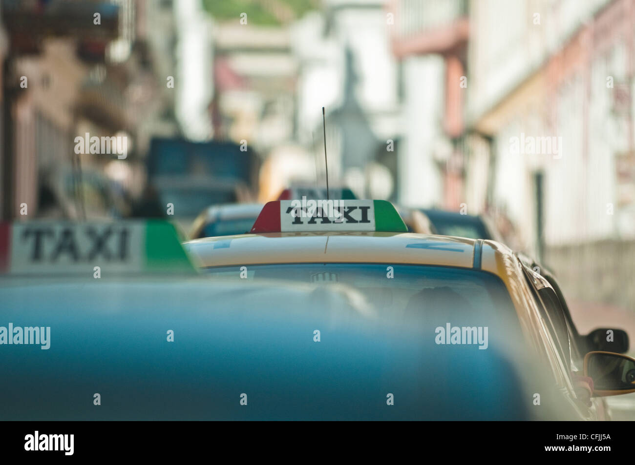 Taxis in historic centre of Quito, Ecuador - Stock Image